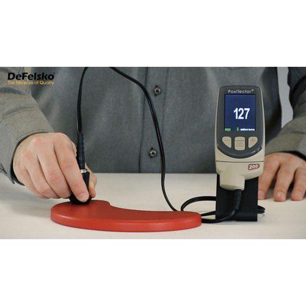 Efetua medições de camadas sobre Revestimento de polímero, madeira e plástico.